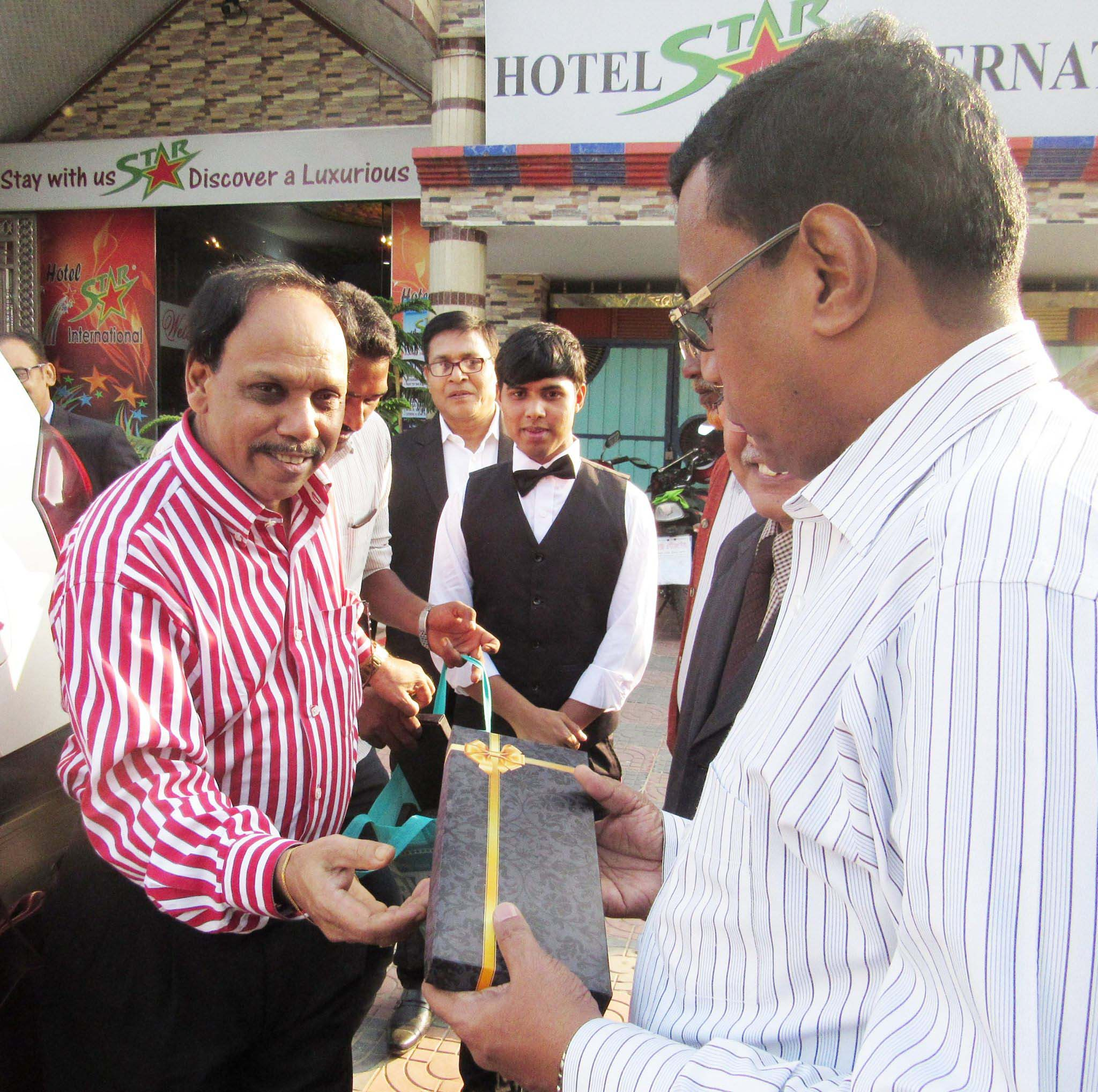 Hotel Star Chairman received a gift from Our Honorable Guest